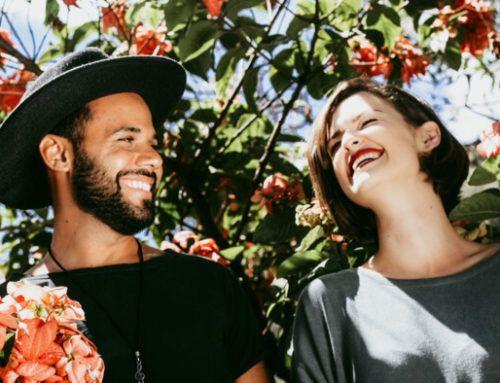 Fonctions, bienfaits & genèse du rire en sophrologie